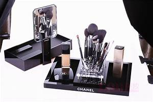 Chanel VIP Classic gift item Black Clear Brush Makeup