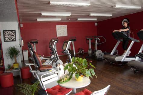 bureau de change open sunday prix salle de sport amazonia 28 images salle de sport