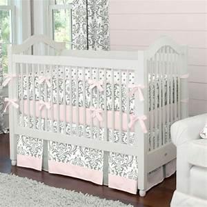 le linge de lit bebe 44 idees qui vont vous inspirer With déco chambre bébé pas cher avec faire livrer des roses