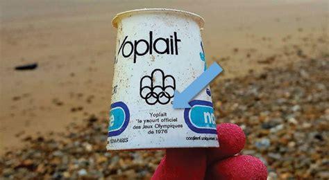 il retrouve un pot de yaourt sur la plage le d 233 sur l emballage lui glace le sang