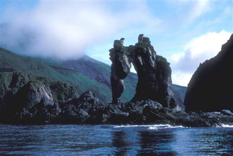 picture seguam island seahorse rock formation water