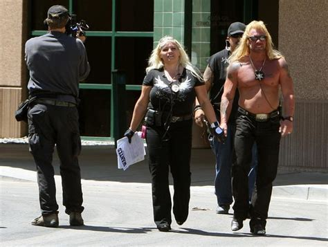 bounty hunter duane quot dog quot chapman in mesa county doghouse