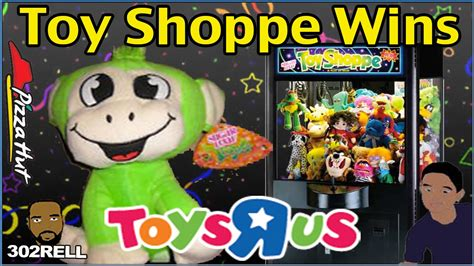 toys   sugarloaf toy shoppe claw machine win pizza