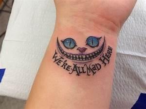 Tattoo Vorlagen Handgelenk : grinsekatze tattoo am handgelenk mit schrift tattoo pinterest ~ Frokenaadalensverden.com Haus und Dekorationen