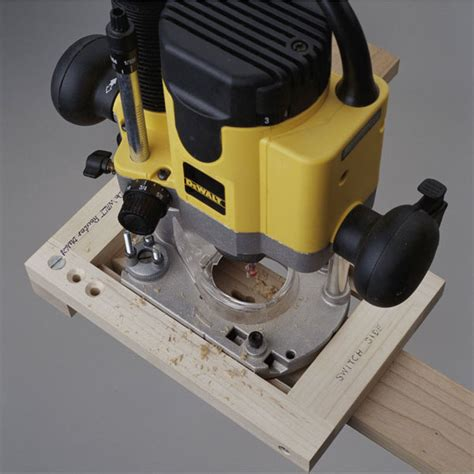 keyhole routing jig woodworking plan  wood magazine