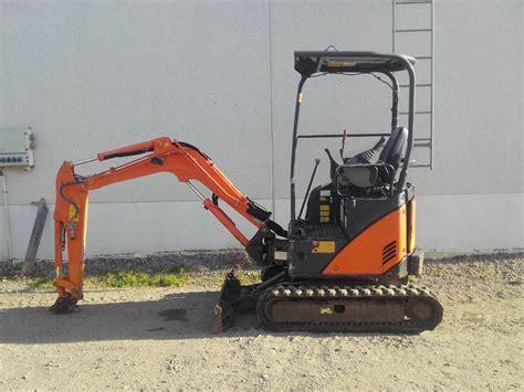 hitachi zx   mini excavators