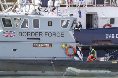 Man jailed for smuggling nine migrants across Channel in ...