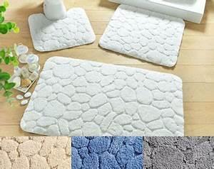 Grand Tapis Salle De Bain : tapis de bain relief galets 1550 g m2 becquet ~ Mglfilm.com Idées de Décoration