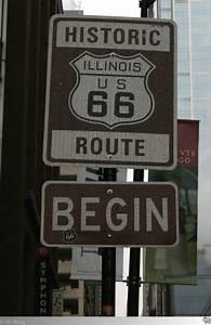 Route 66 Schild : hier beginnt die wohl ber hmteste stra e der vereinigten staaten von amerika die legend re ~ Whattoseeinmadrid.com Haus und Dekorationen