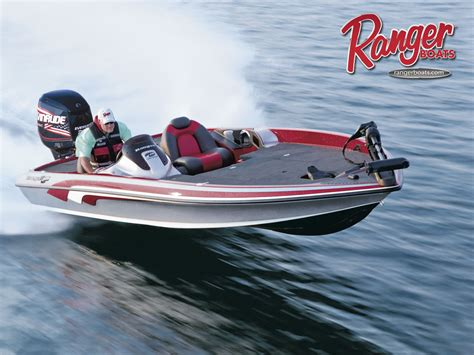 Ranger Bass Boats by Ranger Bass Boat Wallpaper Wallpapersafari
