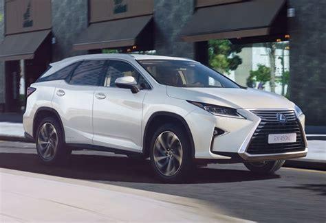 Lexus Debuts Seven-seat Suv
