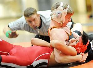 Hayden wrestlers split home triangular against Glenwood ...