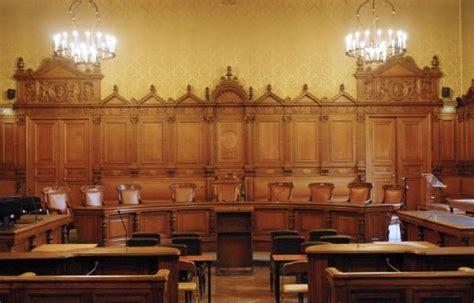 au procès chirac 144 oules pour éclairer le tribunal