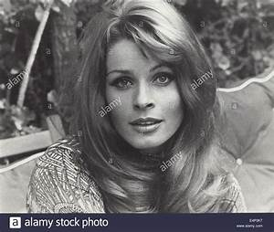 Senta Berger Größe : senta berger interfoto globe photos zuma wire alamy ~ Lizthompson.info Haus und Dekorationen