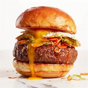 Korean-inspired bibimbap burgers - Chatelaine