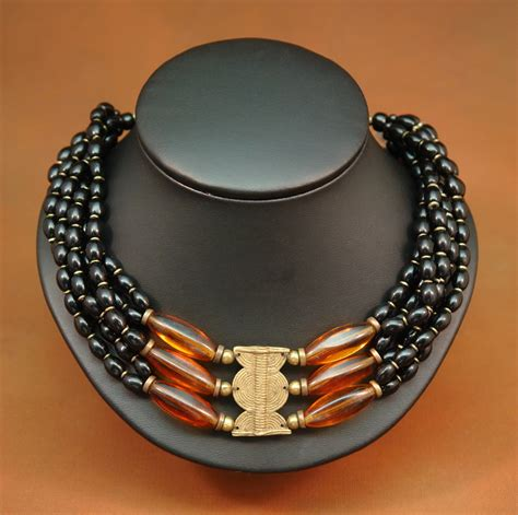 African jewelry information