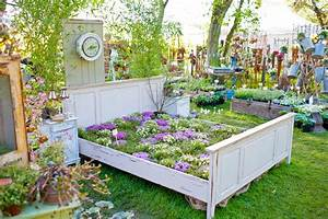 Bett Für Den Garten : gartenzauber vom 3 5 mai gartenzauber ~ Frokenaadalensverden.com Haus und Dekorationen