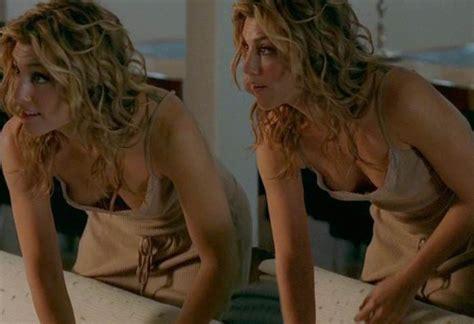 Jennifer Esposito Celebrity Posing Hot Babe Blonde Free Download