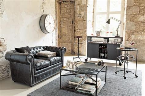 canapé microfibre vieilli décorer un salon dans le style industriel joli place