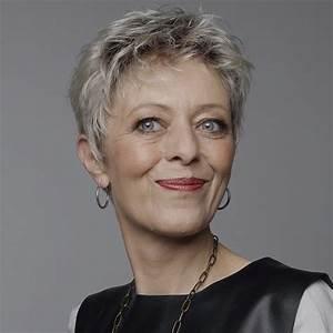 Coupe Cheveux Gris Femme 60 Ans : modele de coupe courte femme 60 ans coiffures modernes ~ Melissatoandfro.com Idées de Décoration