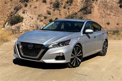 2019 Nissan Altima by 2019 Nissan Altima Review Motor Illustrated
