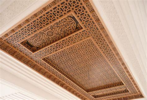 plafond en platre chambre a coucher l artisanat marocain les plafonds en bois ou platre