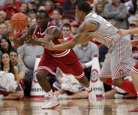 indiana basketball calms nerves  hoosiers fans  win