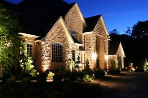 Flood lights on two story house : I love uplighting on a house up date lights have