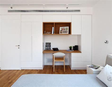 Bedroom wall cabinet By studio dulu Israel Bedroom wall
