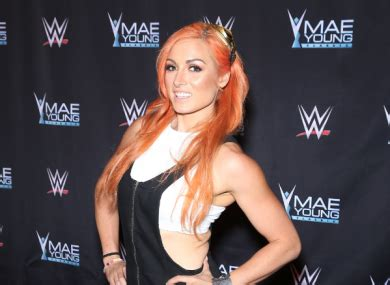 irelands becky lynch set  historic wrestlemania match