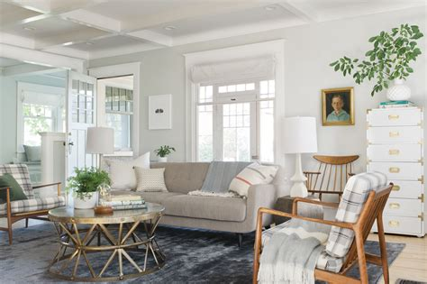 How to Decorate a Really Large Living Room