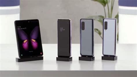 Samsung Exec Defends The Controversial Galaxy Fold Design