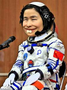 Chinese Woman Astronaut Pictures