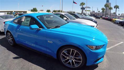 Grabber Blue 2017 Mustang Gt
