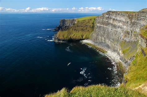 Luv 2 Go The Cliffs Of Moher Ireland