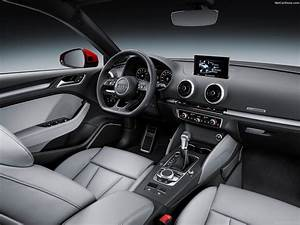 Audi A3 Sportback (2017) - picture 14 of 28