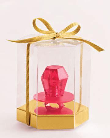 creative ways    bridesmaids raymond lee