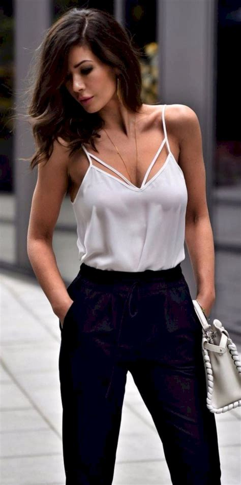 41 Trendy Outfits For Women To Look Stylish Fashionetter