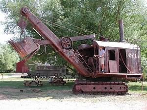 red-steam-shovel-1928-osgood – Offroaders.com