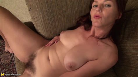 Hairy American Mature Mother with Nice Ass and Pussy...
