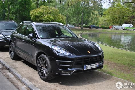porsche macan all black porsche 95b macan turbo 21 may 2014 autogespot