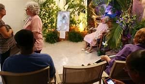 The gallery for --> Dead Women In Caskets