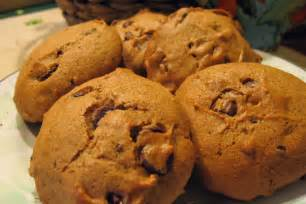 Cake Mix Pumpkin Chocolate Chip Muffins by Pumpkin Spice Cake With Chocolate Chips Recipe Dishmaps