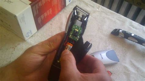 Disassembling hairclipper Philips QC5050 - YouTube
