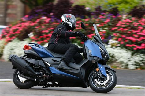 Xmax Image by Yamaha Xmax 400 A Maxi Scooter Without A Maxi Price Tag