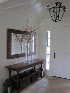 Enlarge Your Space With 18 Elegant Entryways With