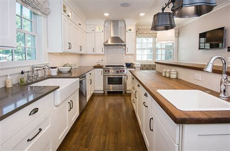 Updated Farmhouse Kitchen Integrates Butler?s Pantry and