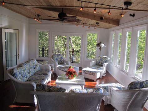 4 Season Sunroom Ideas by Best 25 Four Seasons Room Ideas On Four