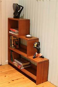 Retro Vintage Stepped Bookcase Measures 85cm Long X 19cm