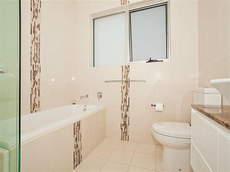 Bathroom Tile Feature Ideas by Glass In A Bathroom Design From An Australian Home